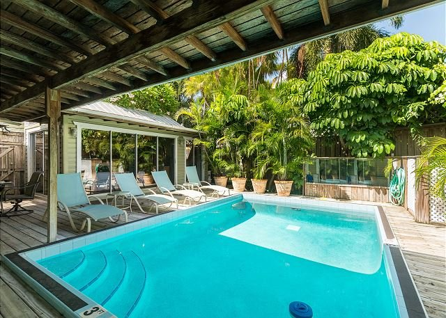 Gorgeous & secluded pool your your enjoyment. Pool is heated seasonally