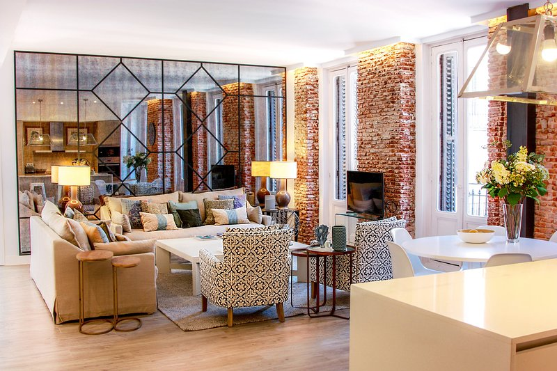 Luxury Apartment Heart Of Madrid