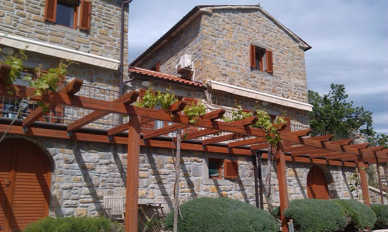Istrian stone house for 5 person