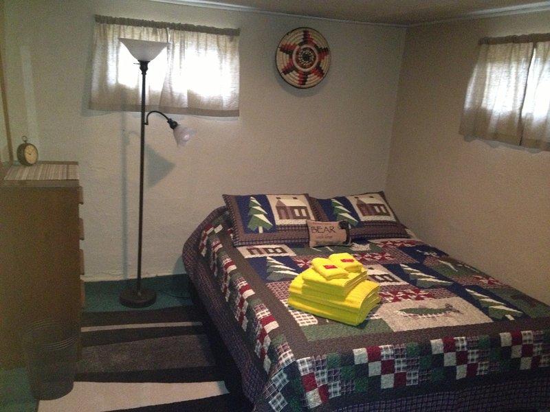 chambre avec lit queen size.