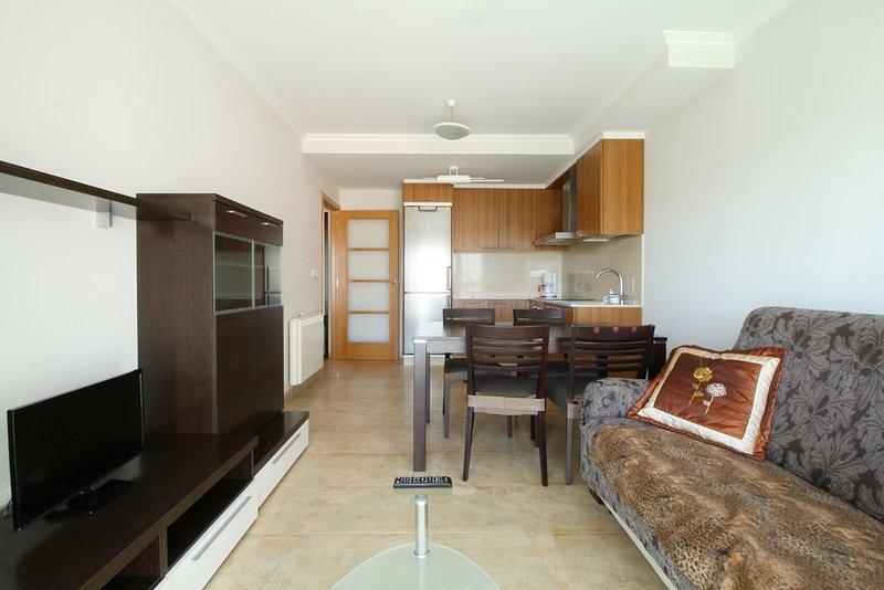 APARTAMENTO NUEVO, 2 DORMITORIOS, Illa de Arousa, holiday rental in Illa de Arousa