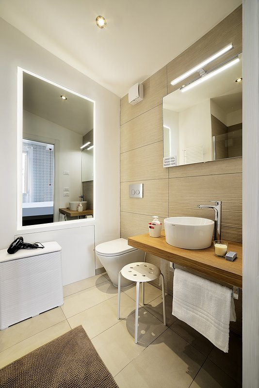 Ortensia room, towels, linen, soap, toilet paper, hair dryer are available in the bathroom