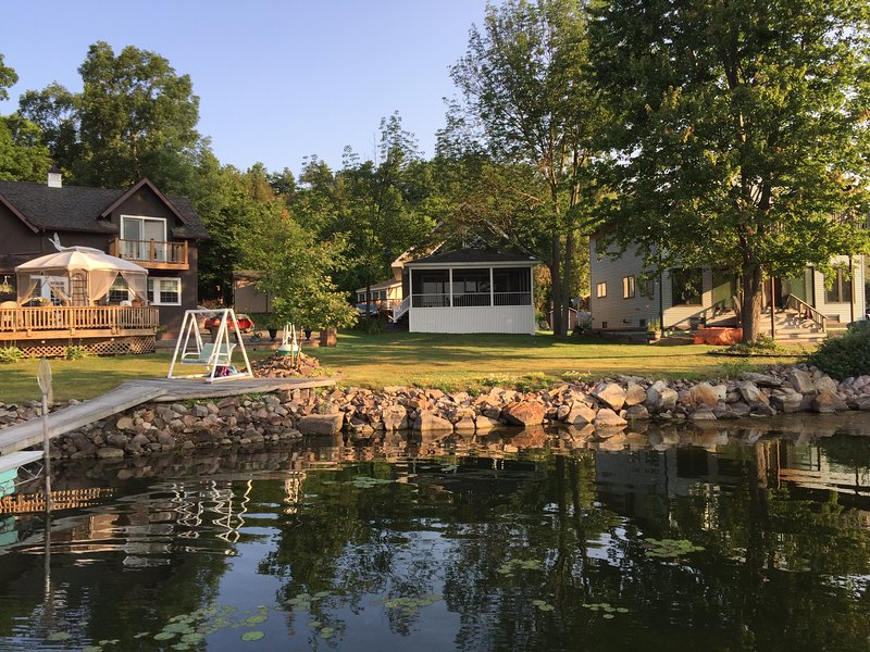 Marca New Lake of the Isles Cabin