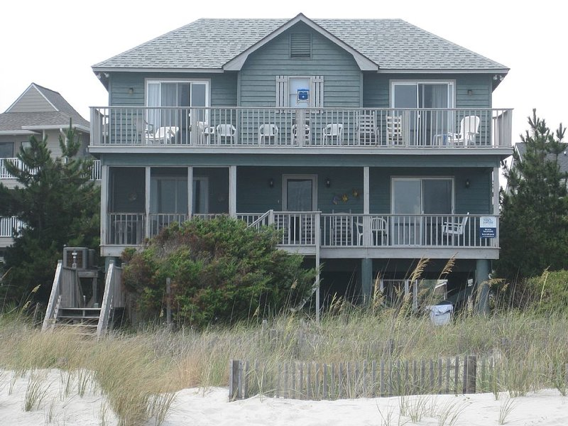 Oceanfront Paradise To Enjoy With Family, Friends, holiday rental in Surfside Beach