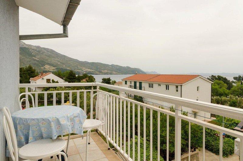 A4(4): terrace view