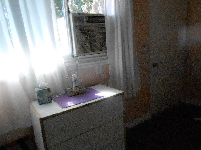 Chambre avec air conditionné et une entrée séparée