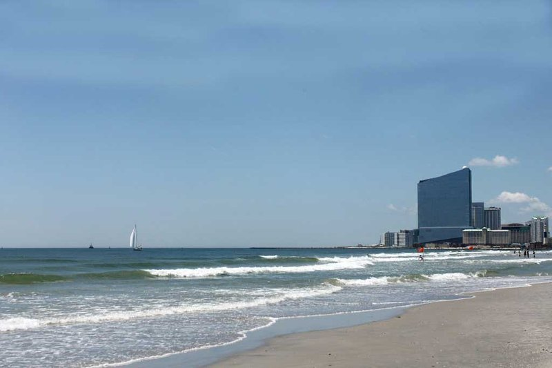 Beautiful Poolside And Oceanfront Beach Condo Rent Updated