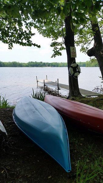 Profitez du lac sur une de nos 2 - 10 'kayaks!