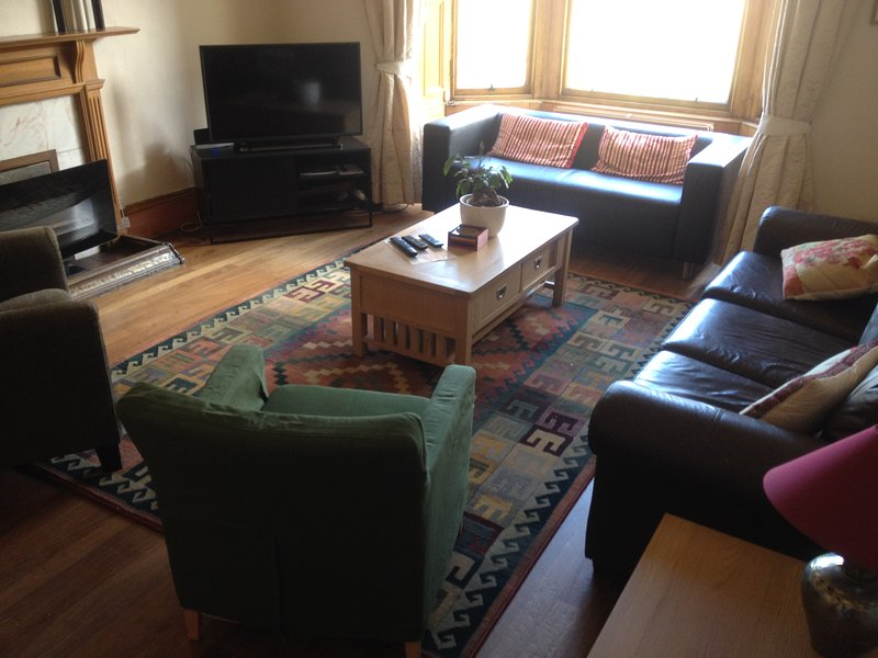 DOWNSTAIRS LOUNGE