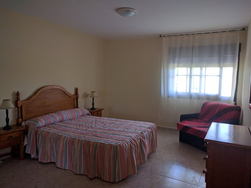 Bedroom 1 double bed with sofa single bed.
