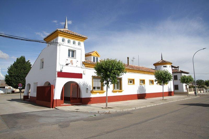 Disfruta del Canal de Castilla en familia!!!, location de vacances à Villaherreros
