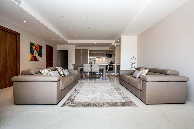 cocina abierta / sala de estar