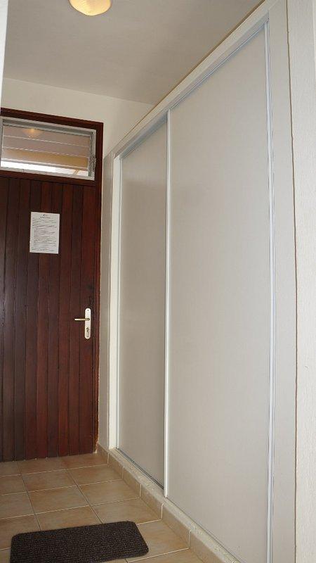 Macabou residencia - Apartamento de entrada con gran armario