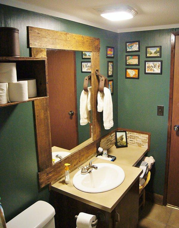 Ver emergente limpia de la sala de ducha. Espero que alguien raspó que estribo ...