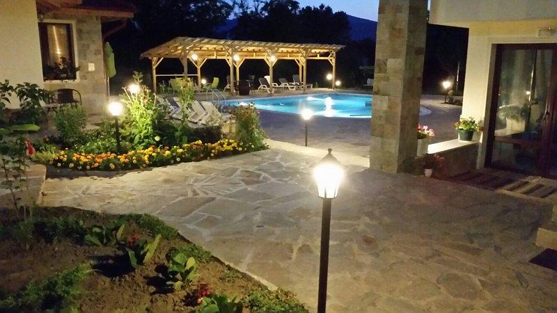GUEST HOUSE,  MOUNTAIN VIEW, vacation rental in Ribaritsa