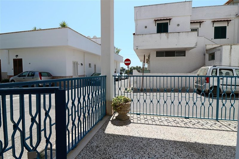 Independent self-catering holiday home in Lido Gallipoli Conchiglie a few meters, alquiler vacacional en Lido Conchiglie
