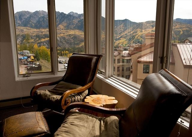 6th Floor Affordable Ski in/Ski Out Condo - Great Views, holiday rental in Durango