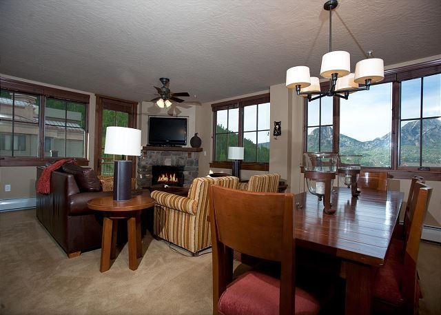 Premier Building at Purgatory - Views - Ski in/Ski Out - Corner Unit, holiday rental in Durango