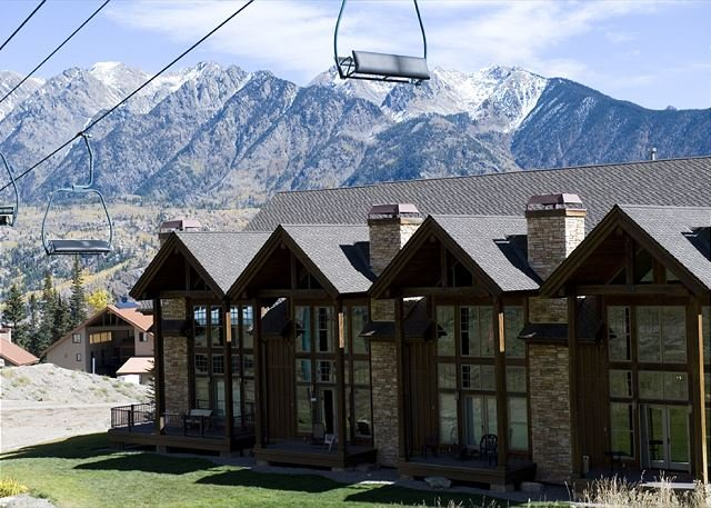 Luxury Townhome - Ski in/Ski Out - Best Location, holiday rental in Durango