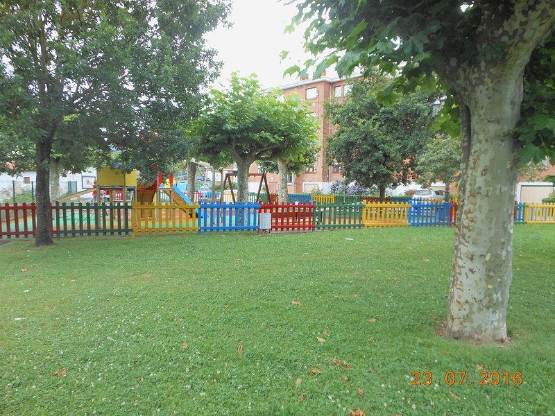 parque infantil-Barcena de Cicero