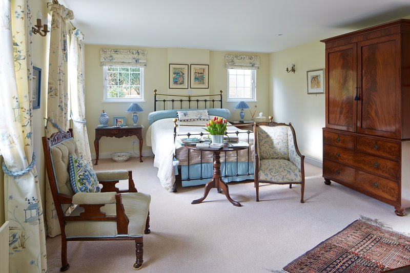 Thimbles bed and breakfast - double room, holiday rental in Mayfield
