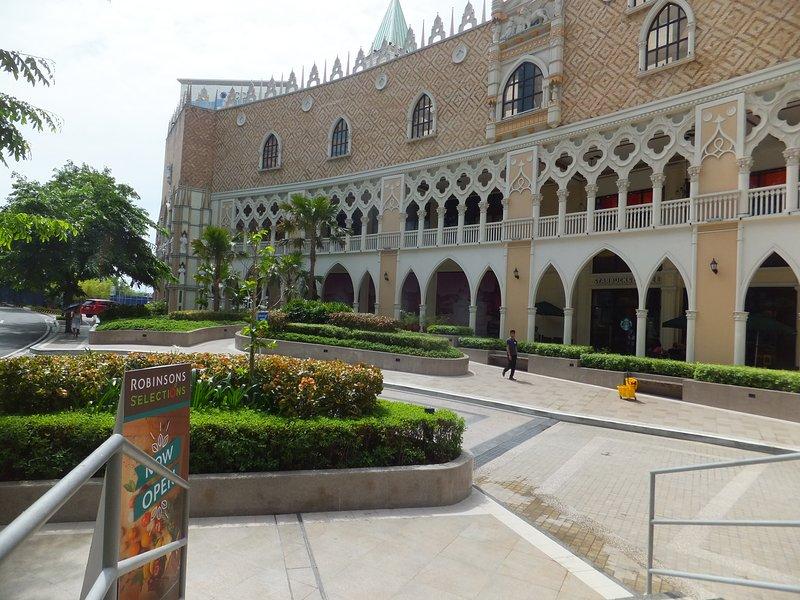 fachada Grand Canal Comercial
