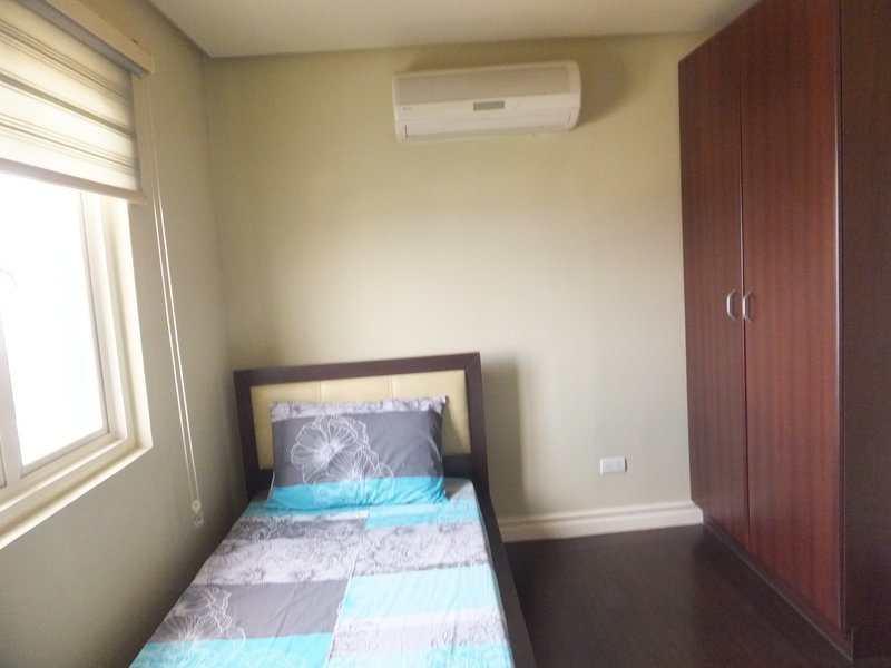 Segundo quarto com construído em gabinete