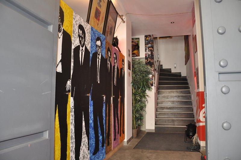 Maison atypique de 145m2 au centre de Nîmes, holiday rental in Caissargues