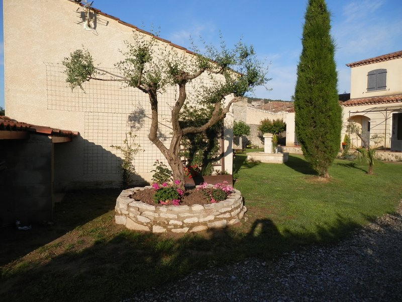 L' oliva, holiday rental in Clarensac