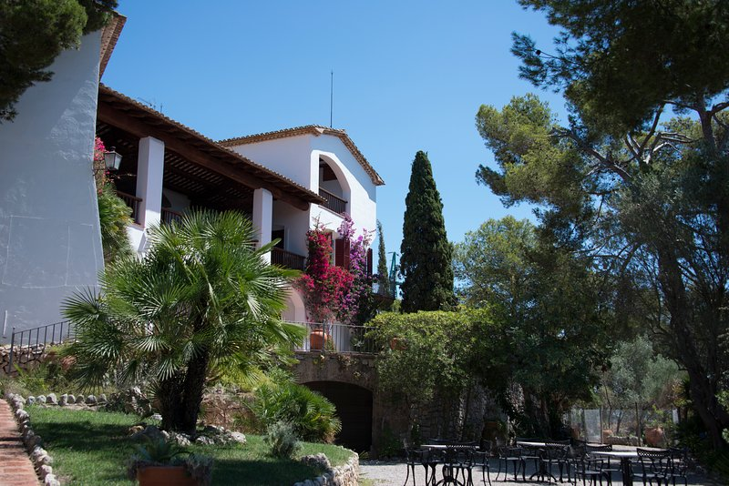 Villa Caprici - The Authentic Catalan Villa, aluguéis de temporada em Sitges