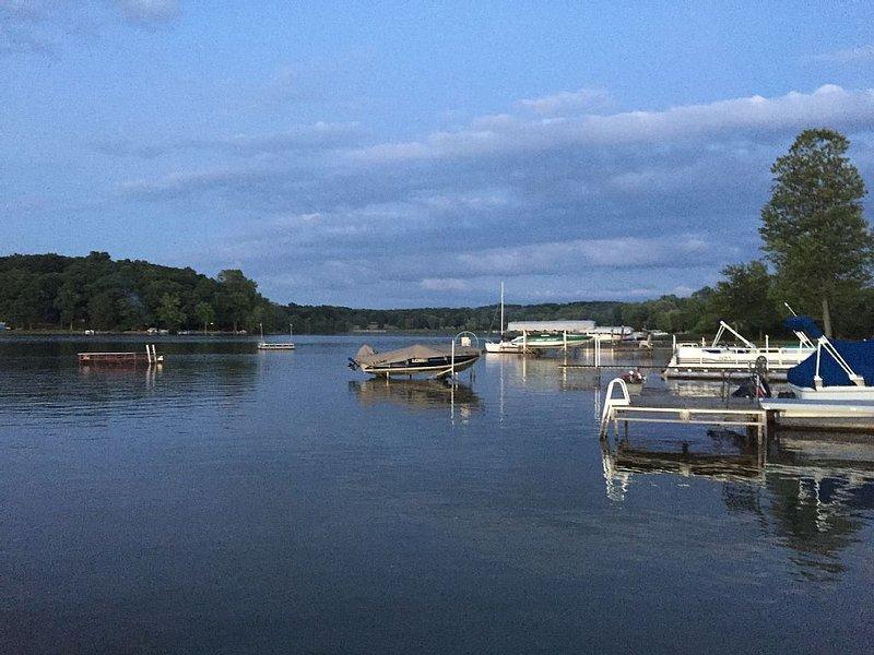 A heavenly oasis on Half Moon lake, holiday rental in Lakeland