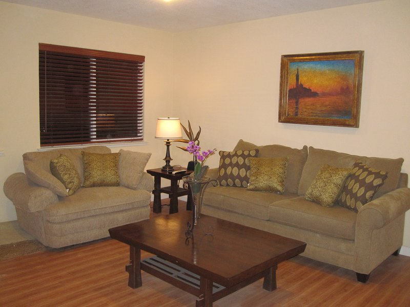 Remodeled House, Walk to Lake, Close to Heavenly, vacation rental in South Lake Tahoe