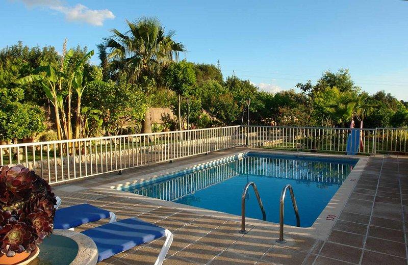 Finca tramuntana casa de vacaciones con piscina privada en for Casas con piscina privada para vacaciones
