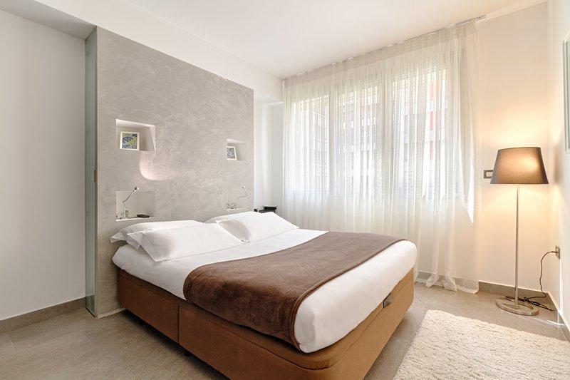 The Rooms Residence: One bedroom Apartments +sofa, location de vacances à Daias-Barabas