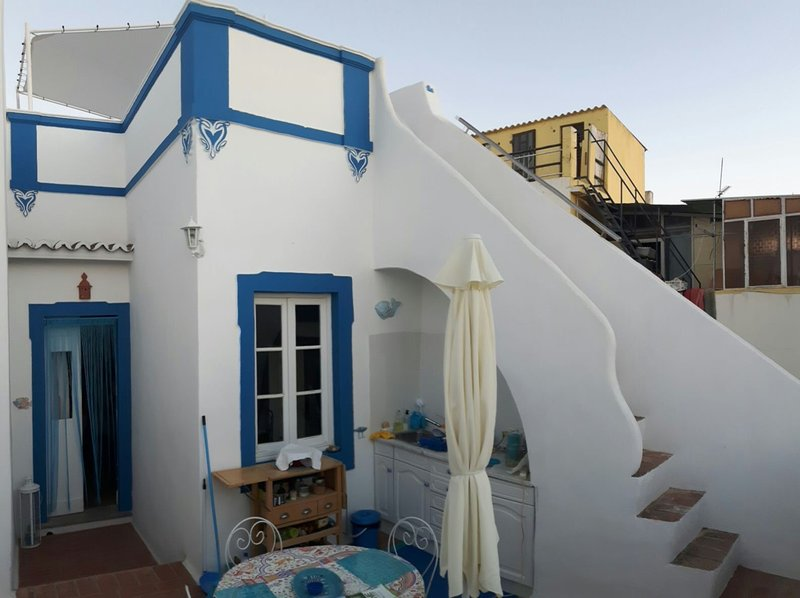 La maison bleu, holiday rental in Olhao