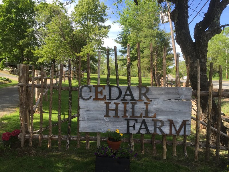Cedar Hill Farm Bed & Breakfast - La Chambre Amitié