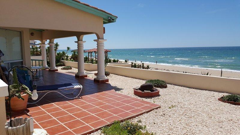 Casa de Carolina, beachfront WiFi, Directv, phone , Las Conchas community, holiday rental in Puerto Penasco