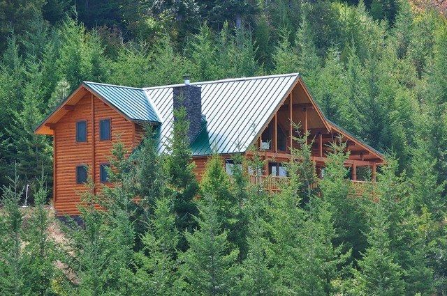 El verano de vista Alpine Lodge con acceso durante todo el año.