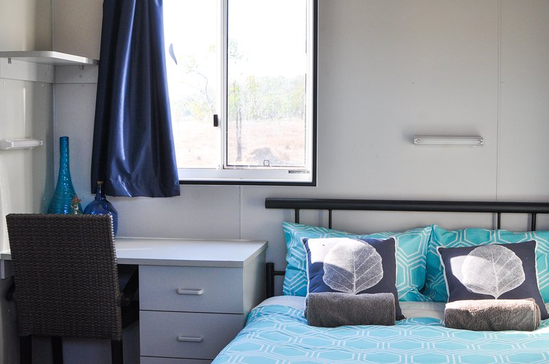 Oakey Downs Retreat #3 Ensuite room - Queen bed, aluguéis de temporada em Litchfield National Park