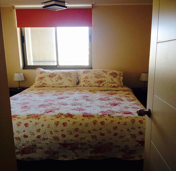Hab. cama 2 plazas/Room Double bed, alquiler de vacaciones en Valparaiso