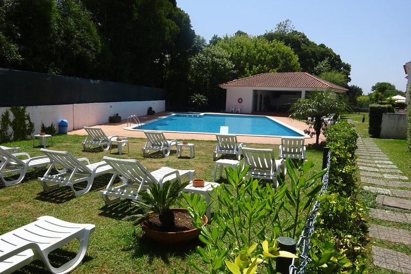 House near porto and the beach with swimming pool - Summer house with swimming pool review ...