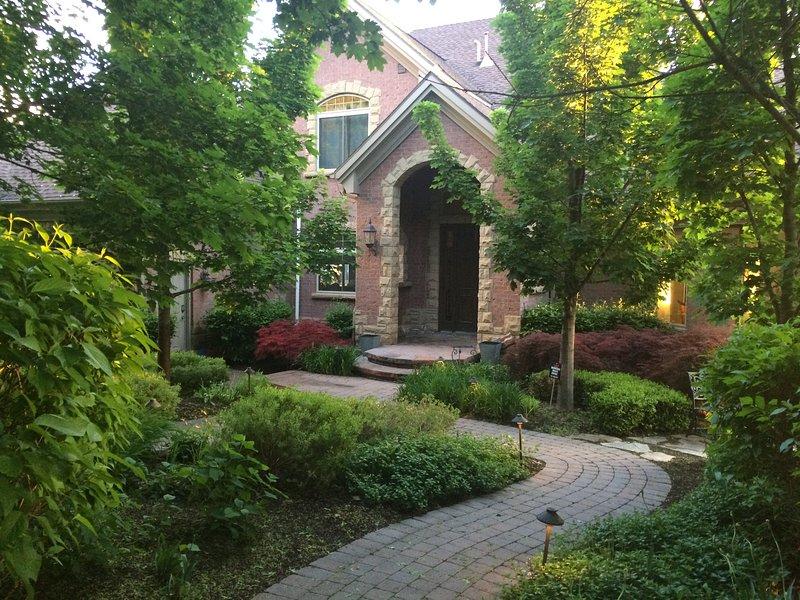 Luxurious Alpine Home Sleeps up to 30, location de vacances à Saratoga Springs