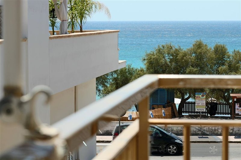 Holiday home in Lido Gallipoli Apulia Salento beach front, alquiler vacacional en Lido Conchiglie