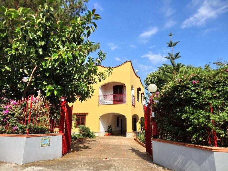 The entrance to Villa Floriana