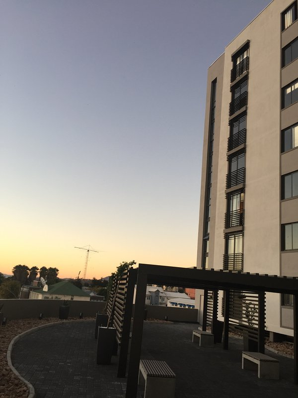 Newly built highrise building with gym in building - superbly located - safe undercover parking