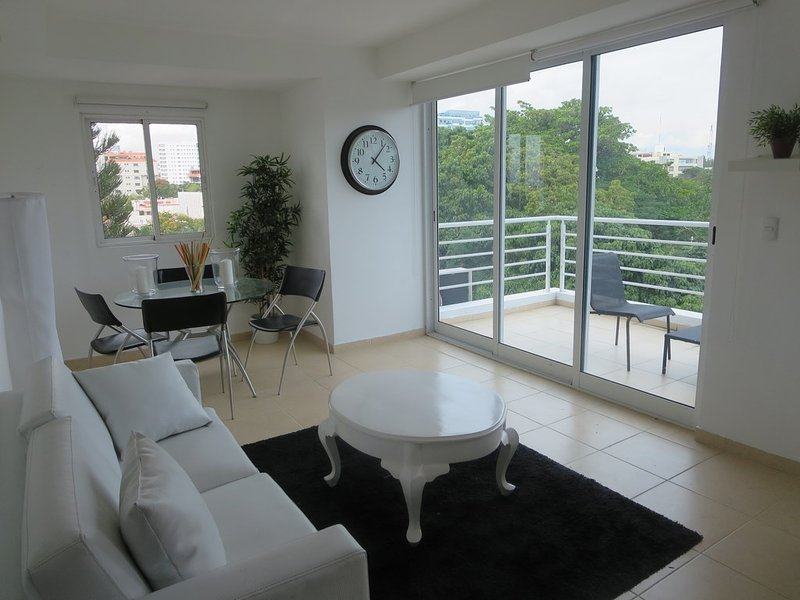 Excellent location and easy access to the old and new city in just 5 minutes