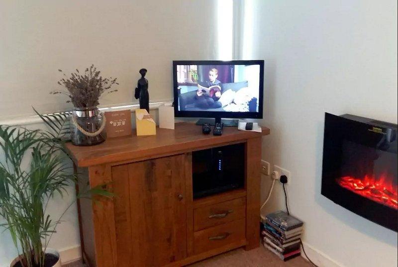 Lounge: Free TV e Wifi. divano letto matrimoniale