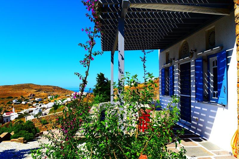 Villa Maria in Tinos - Eva House, alquiler de vacaciones en Kionia