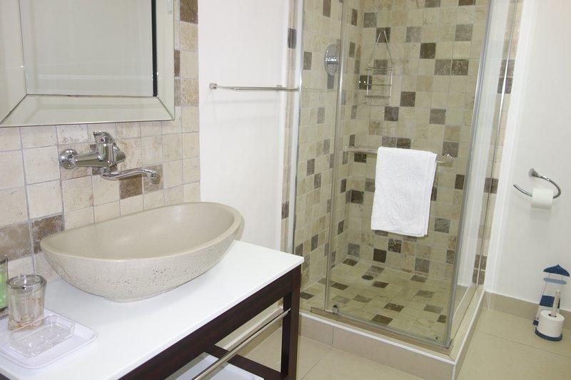 Luxury unit bathroom