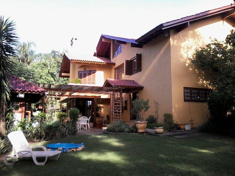 Casa das Palmeiras 2 floors + Quiosque- 400m².